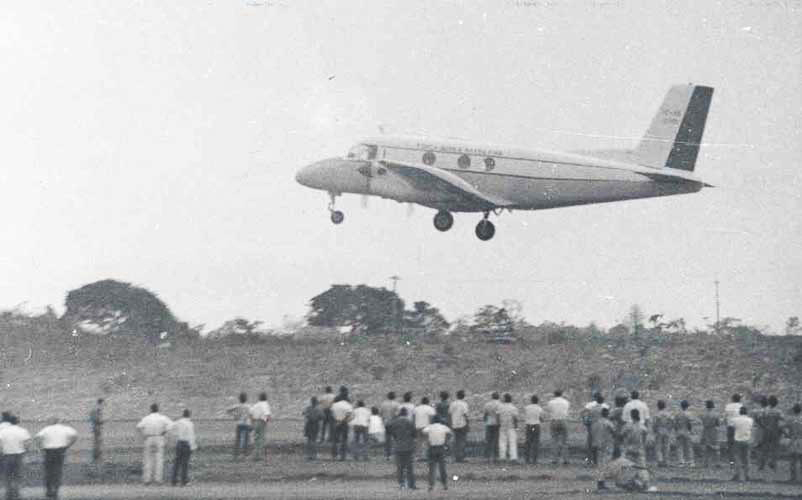 BandeiranteÕs first public flight