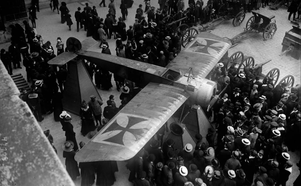 Un Fokker E en los Inválidos