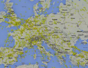 Time-lapse video showing air traffic over Europe – Flightradar24
