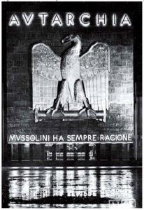 Mussolini domina los minerales y los sacerdotes