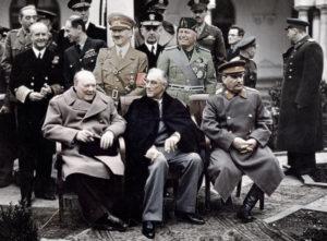 Cinco líderes supremos en la guerra total